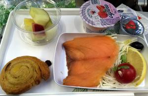 アリタリア航空、帰りのシーフード特別食の軽食