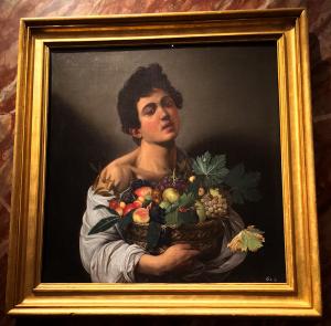 カラヴァッジョの作品「果物籠を持つ少年(果物売り)」
