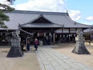厳島神社の隣にある稲荷神社