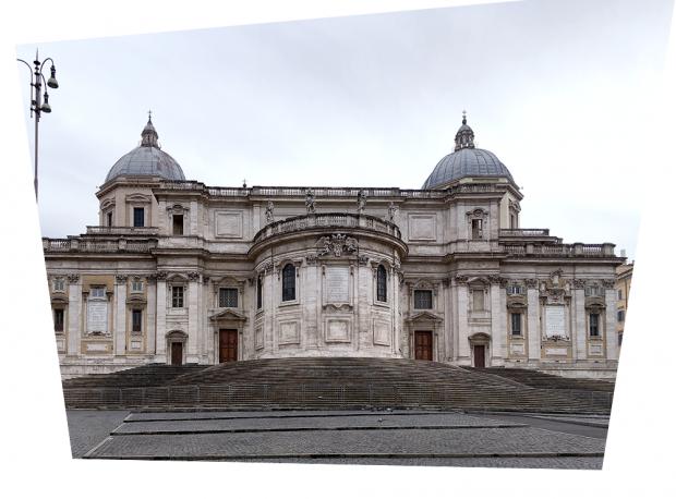 ローマのエサンタ・マリア・マッジョーレ教会(補正後)