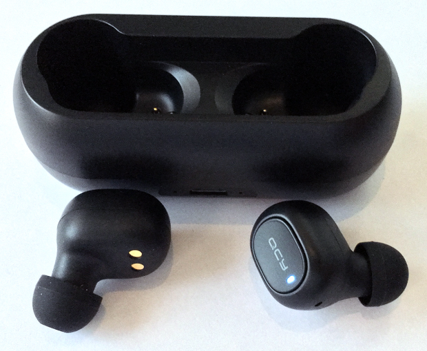 本体の形状は「SoundPEATS」の「Q32」と似ている