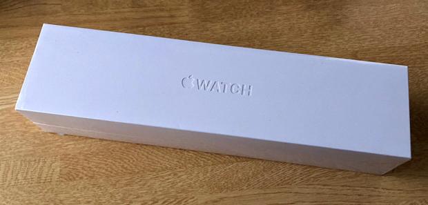 初めての「Apple Watch」を開封!