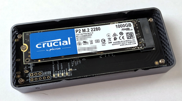 「Crucial SSD P2シリーズ」を取り付けた所